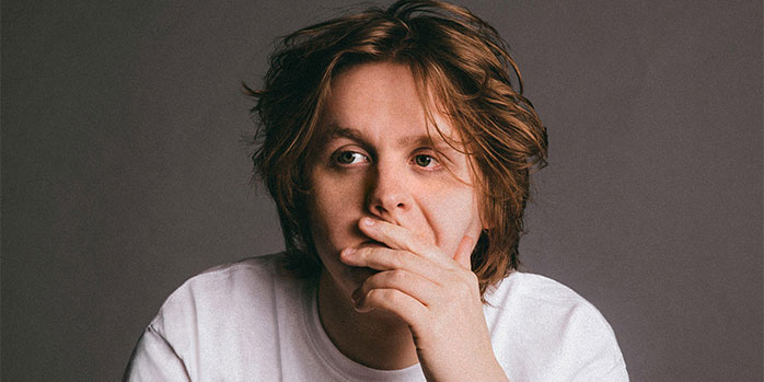 Watch Lewis Capaldi performance